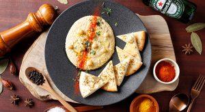 ひよこ豆のディップ「フムス」と ピタブレッド
